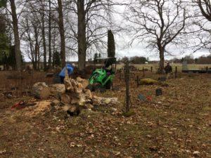 Teeme ära talud 21.04.2018, koristati Uuel ja vanal kalmistul